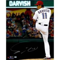 "Yu Darvish Texas Rangers Autographed 16"" x 20"" Pitching in White with Leg Tucked Back Photograph[フレームなし]"