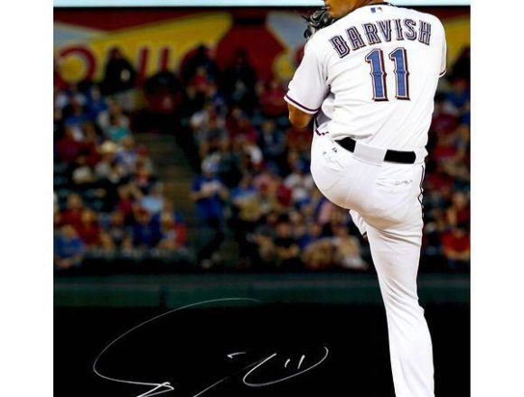 """Yu Darvish Texas Rangers Autographed 16"""" x 20"""" Pitching in White with Leg Tucked Back Photograph[フレームなし]"""