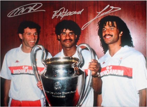 Marco Van Basten, Ruud Gullit & Frank Rijkaard Signed AC Milan Photo: 1990 European Cup Winners[フレームなし]